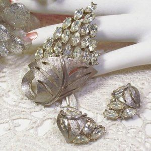 R-1662 Silvery Satin Large Rhinestone Pin Earring